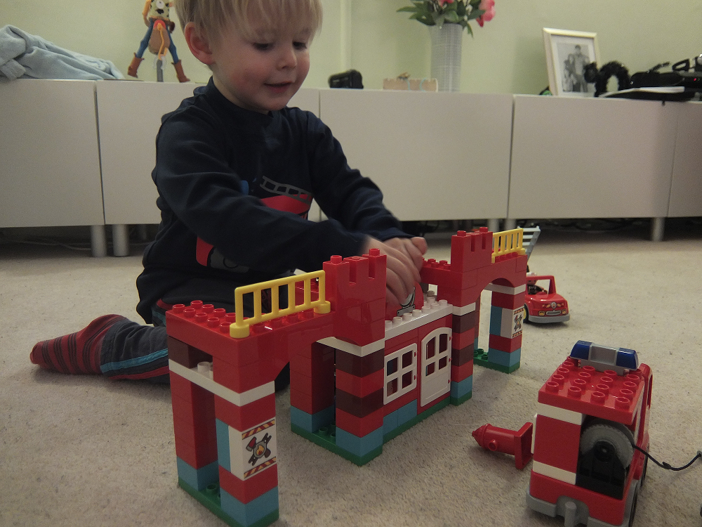 Review: LEGO 10593 Duplo Town Fire Station - Daddacool